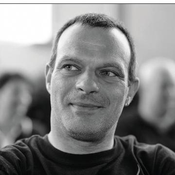 Portrait Mathias Graf, Haarscharf