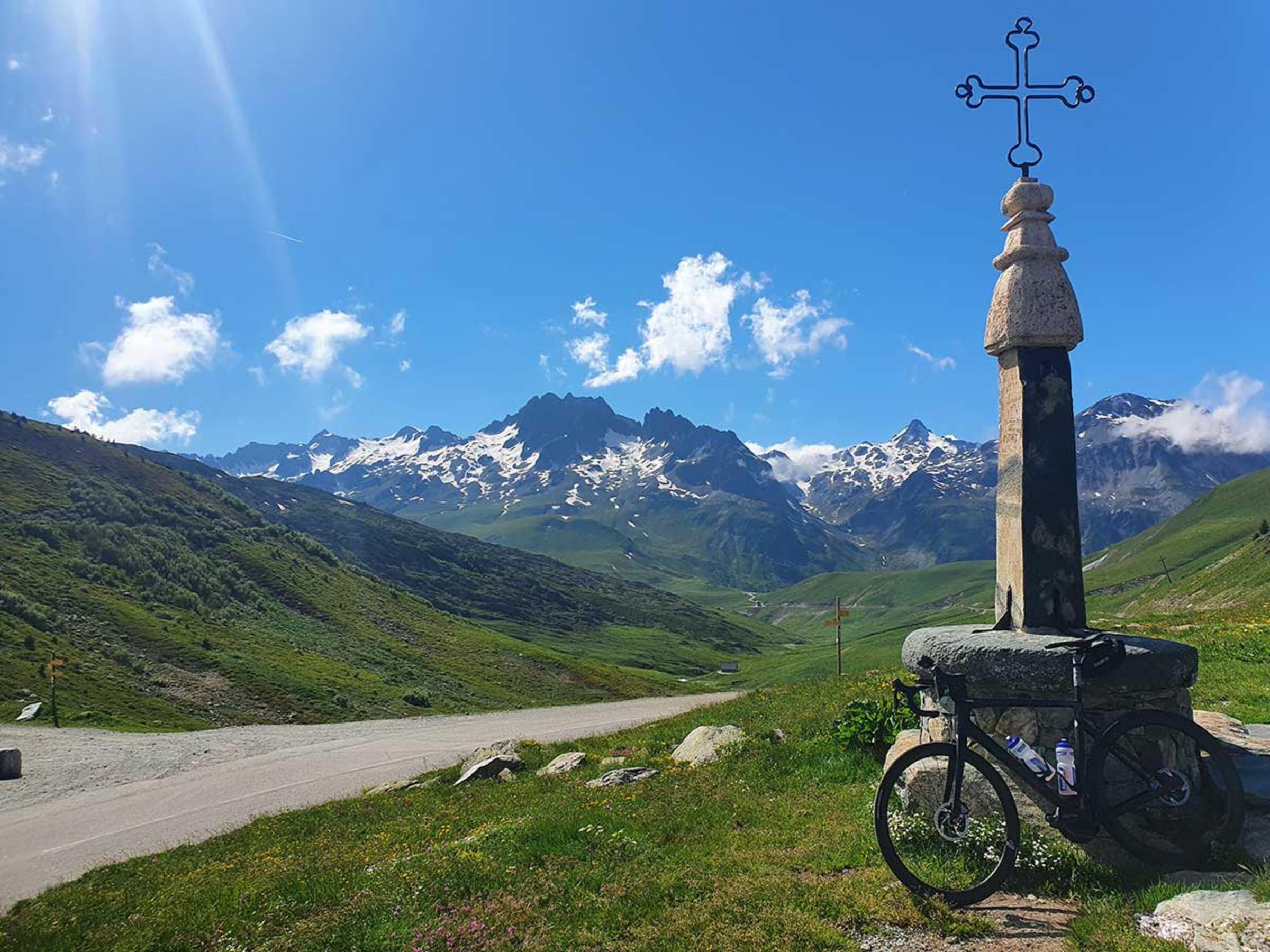 Über Berg und Tal mit dem JobRad durch Frankreich.