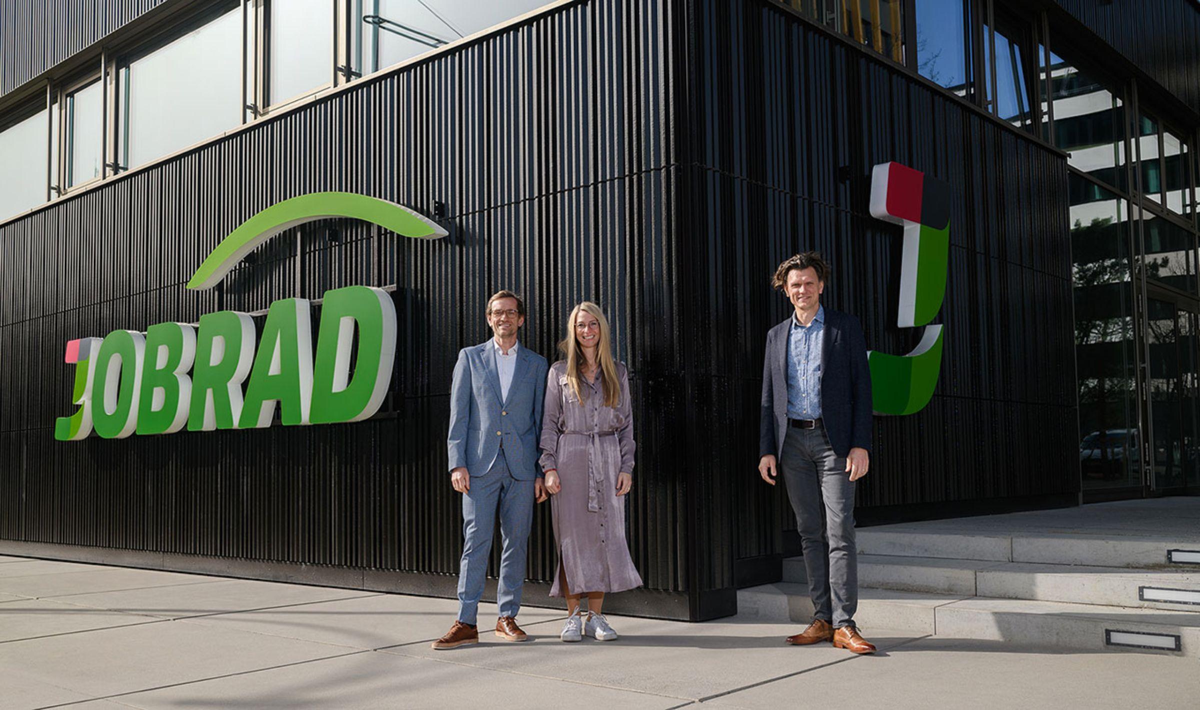 JobRad-Gründer vor neuer Firmenzentrale
